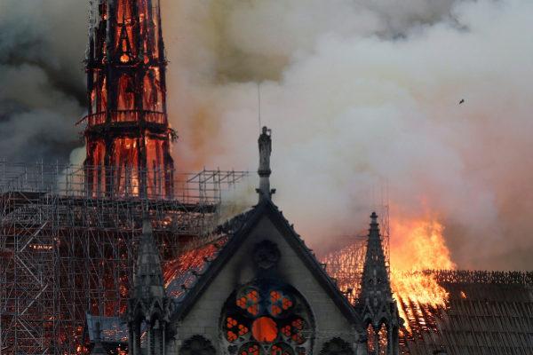 Última hora sobre el incendio de Notre Dame