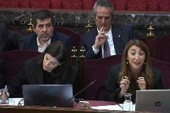 Joaquim Forn y Jordi Sànchez, durante la sesión del juicio