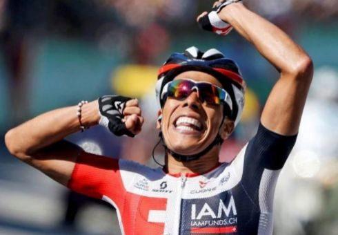 Pantano festeja su triunfo en la 15ª etapa del Tour de 2016.