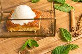 Torrija de pan brioche con helado de vainilla y menta.