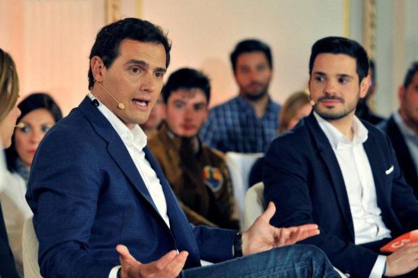 Albert Rivera y Pablo Sarrión, durante el acto de Ciudadanos en...