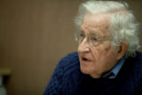 El lingüista estadounidense Noam Chomsky