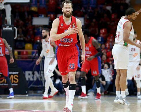 Sergio Rodríguez festeja uno de sus triples al Baskonia.