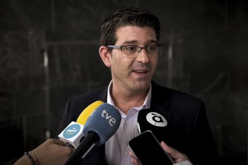 Jorge Rodríguez atiende a los medios de comunicación,