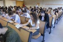 Alumnos en el examen de selectividad.
