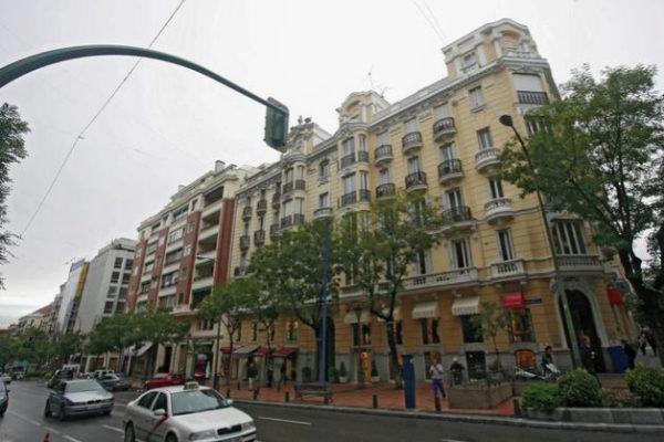 El éxodo venezolano duplica sus compras de vivienda en España