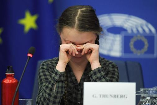 Greta Thunberg, en el momento de romper a llorar en el Parlamento Europeo.