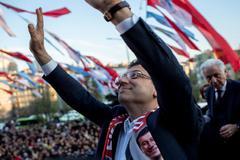 Ekrem Imamoglu, nuevo alcalde de Estambul, durante un acto este martes.