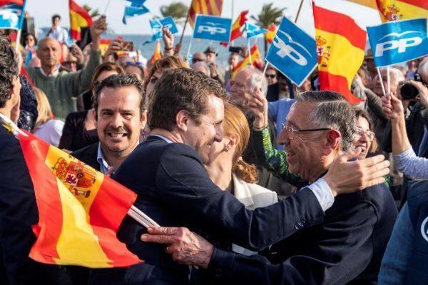 Pablo Casado a su llegada al mitin en Palma.