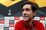 El entrenador del Valencia CF, Marcelino García Toral, durante la rueda de prensa previa al partido de vuelta de cuartos de final de Europa League ante el Villarreal.