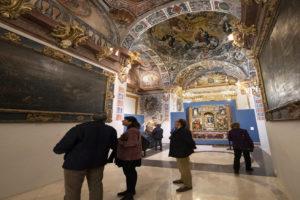 Visitantes y turistas disfrutan de 'La Llum de la Memòria', apuesta de la Diputación.