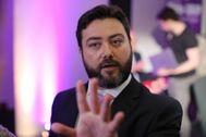 El candidato del Ukip,Carl Benjamin, durante la presentación de la campaña del partido a las europeas.