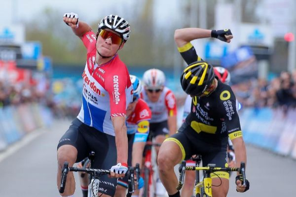 JW01. WAREGEM (BÉLGICA).- El ciclista holandés Mathieu...