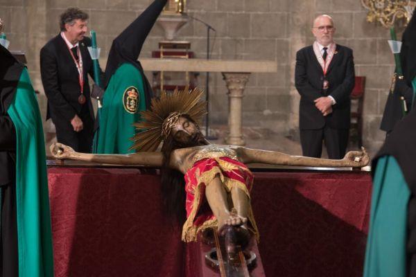 Crist de la Sang en la iglesia.