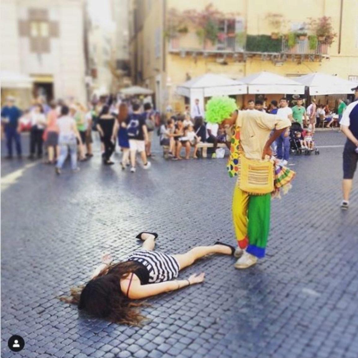 'Stef muere junto a un payaso en Roma'. Roma, Italia.