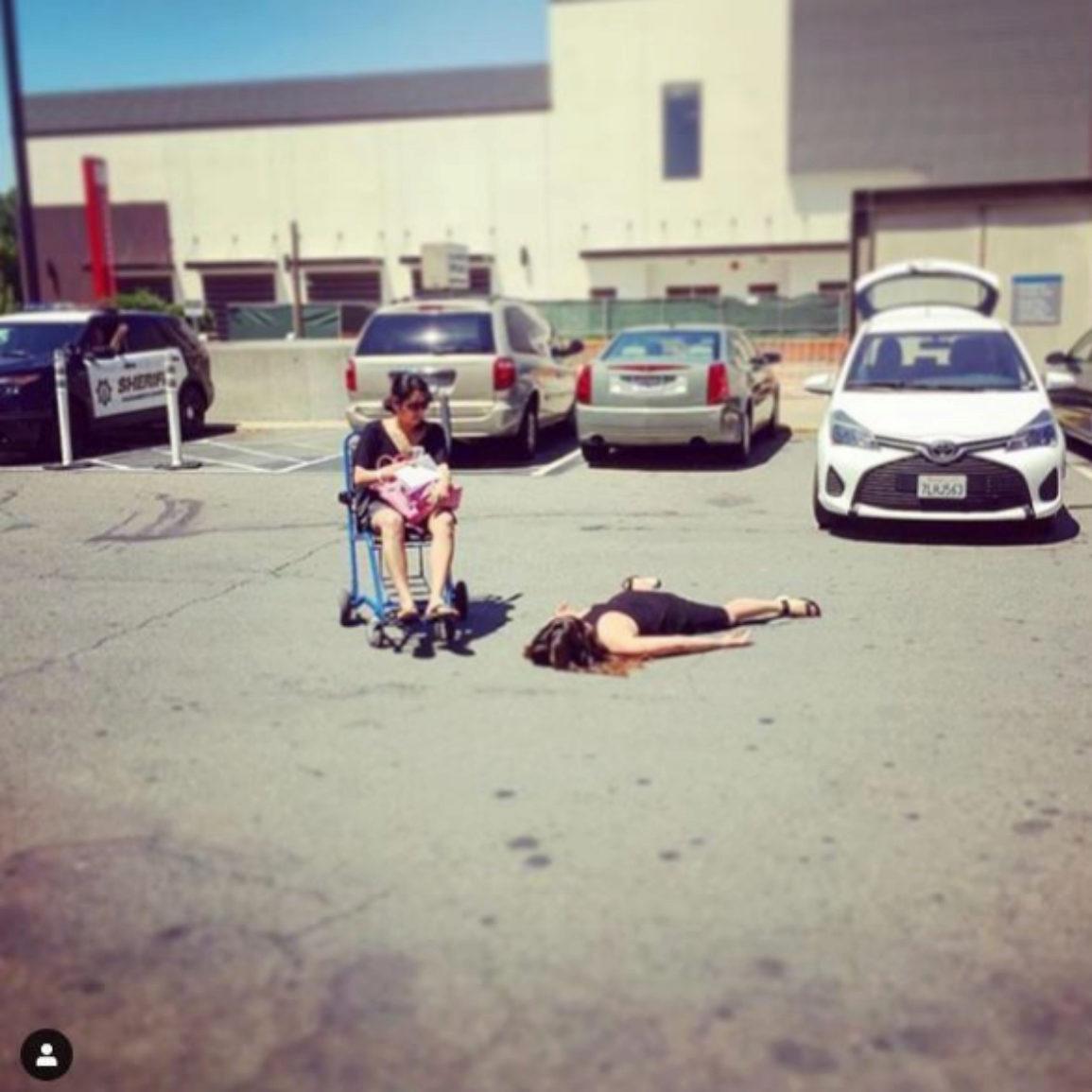 'Stef muere empujando a su amiga en silla de ruedas'. Urgencias, Sacramento, California.