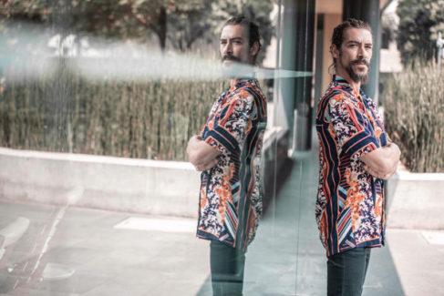 Óscar Jaenada, en un descanso del rodaje en México.