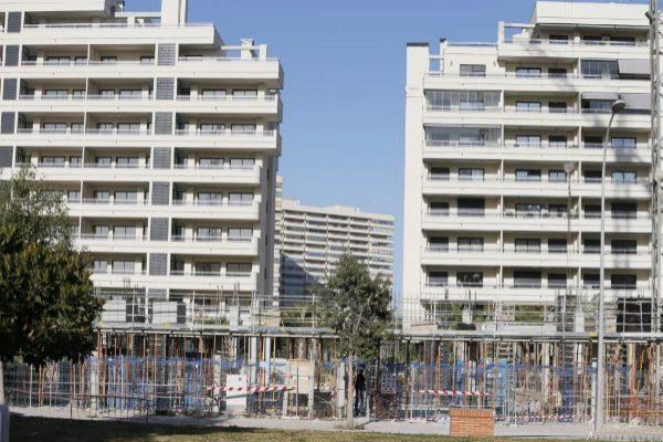 Una de las nuevas urbanizaciones que se construyen en la zona de la Playa de San Juan, en Alicante.