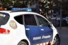 Detenido un policía por matar a su esposa en su casa de Olot