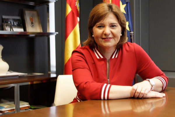 La candidata del PP a la Presidencia de la Generalitat, Isabel Bonig, durante la entrevista.
