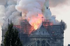 Catedral de Notre Dame de París en llamas el pasado lunes.