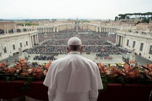 El Papa Francisco durante el 'Urbi et Orbi', hoy, en El Vaticano.