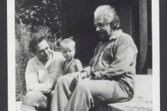 Albert Einstein junto a su nieto Bernhard, hijo de Hans Albert.