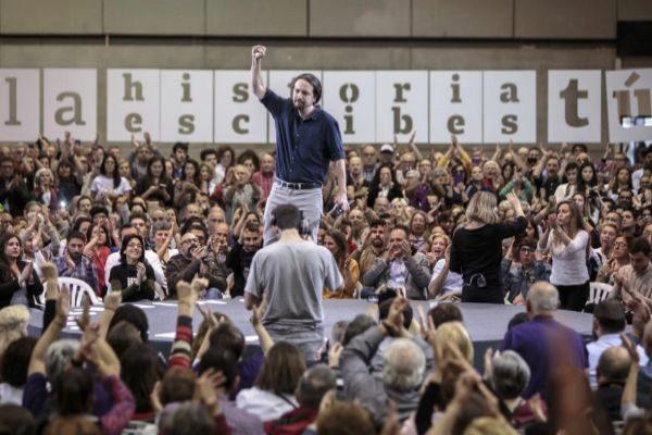 El candidato de Unidas Podemos, Pablo Iglesias, en un acto de campaña en Valencia.