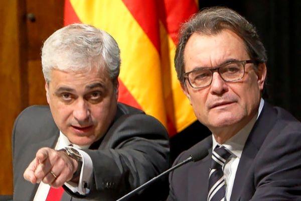 Germà Gordó (izqda.), junto a Artur Mas, en 2014.