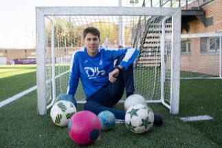José Antonio Portillo, el entrenador más joven de la historia del fútbol español: de los videojuegos al banquillo