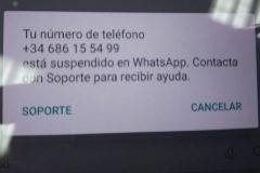 Uno de los números suspendidos del canal oficial de WhasApp de Podemos.