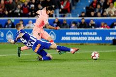 En directo: Luis Suárez aumenta la renta del Barça ante el Alavés