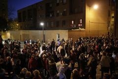 Los vecinos del Pozo vuelven a manifestarse tras regresar al barrio Los Visita