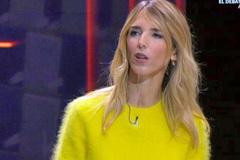 ...Y Cayetana Álvarez de Toledo llegó de amarillo