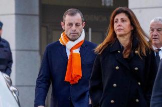 Sandro Rosell, con su esposa, Marta Pineda, en una imagen de archivo.