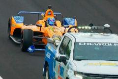 Un problema eléctrico y la lluvia lastran el test de Alonso en Indianápolis