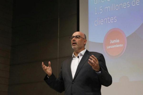 El presidente de Telefónica España, Emilio Gayo, en la presentación.