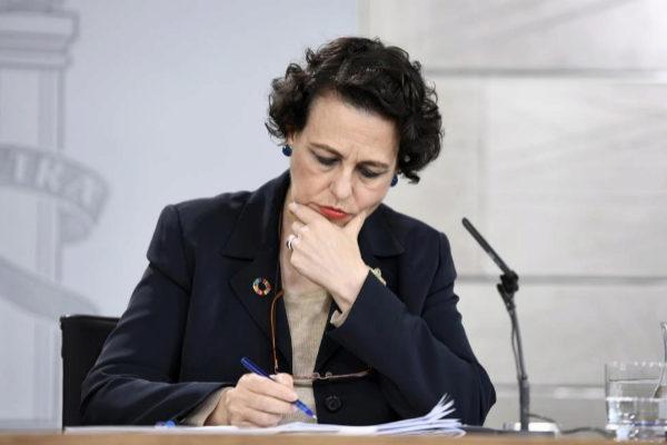 La ministra de Trabajo, Magdalena Valerio, en rueda de prensa del Consejo de Ministros.