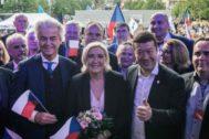Geert Wilders, Marine Le Pen y Tomio Okamura.
