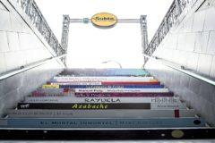 Las escaleras del metro de Buenos Aires en la pasada Feria del Libro.