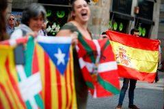 Admite ahora que 'falta un relato de España' y denuncia las 'falsedades' separatistas