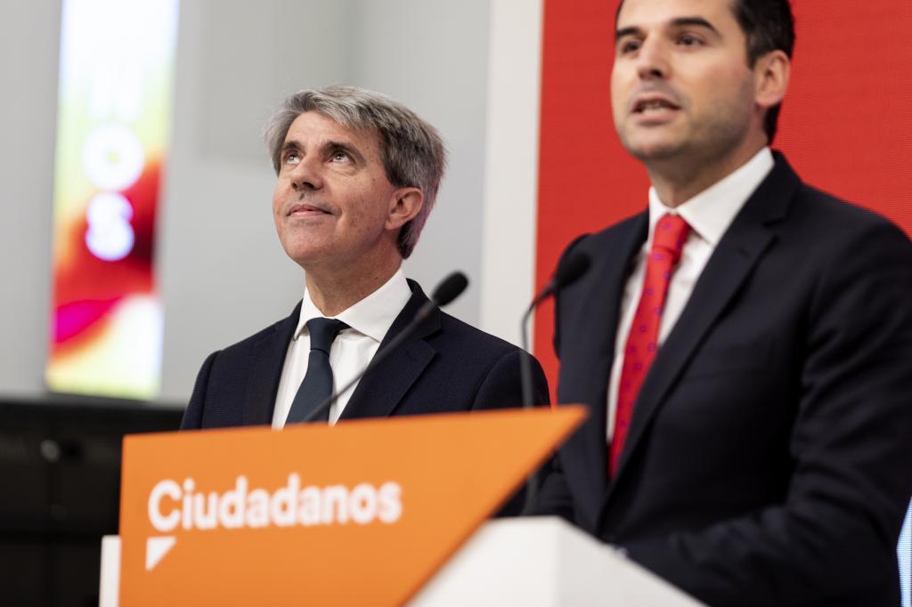 Ángel Garrido, junto a Ignacio Aguado, esta semana.