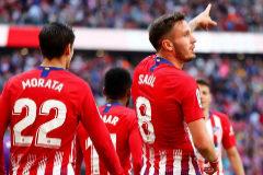 El Atlético cumple su parte casi sin querer y con polémica