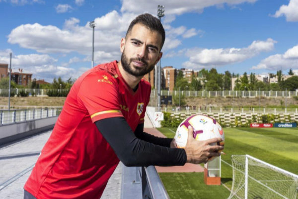 Angel Navarrete 26/04/2019 Madrid, Comunidad de Madrid Deportes El jugador del Rayo Vallecano <HIT>Jordi</HIT> <HIT>Amat</HIT>