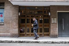Bernardo Díaz. 23/04/2019. Madrid. Sucesos. Fachada del número 31 de la calle <HIT>Alonso</HIT> <HIT>Heredia</HIT>, lugar donde la policía ha hallado el cadáver momificado de una mujer de 83 años muerta en 2014