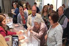 La ilusión de esta mujer de 100 años para acudir a votar