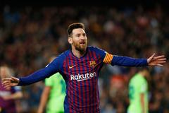 Leo Messi celebra su gol ante el Levante.