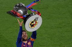 Messi celebra el título de Liga, este sábado.