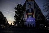 La sede del PP en la noche electoral.