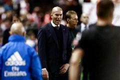Zidane, durante el partido ante el Rayo.